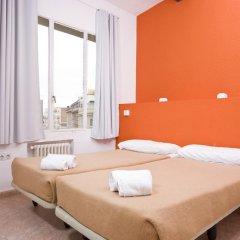 Отель Madrid Motion Hostels 2* Стандартный номер с 2 отдельными кроватями