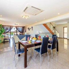 Отель Fig Tree Bay Villa 6 Кипр, Протарас - отзывы, цены и фото номеров - забронировать отель Fig Tree Bay Villa 6 онлайн питание