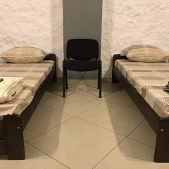Fox Hostel Кровать в общем номере с двухъярусной кроватью фото 13