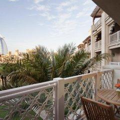 Отель Jumeirah Al Qasr - Madinat Jumeirah 5* Улучшенный номер с различными типами кроватей фото 9