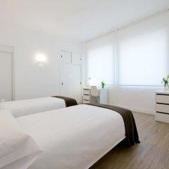 Отель NeoMagna Madrid 2* Улучшенный номер с различными типами кроватей
