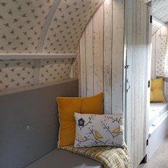 Отель The Little Hide - Grown Up Glamping Стандартный номер с различными типами кроватей фото 17