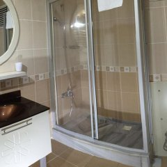Saruhan Hotel ванная фото 2