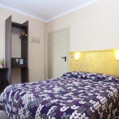 Отель Hostal Barcelona Стандартный номер с различными типами кроватей фото 3