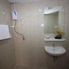 Отель Blissotel Ratchada Таиланд, Бангкок - отзывы, цены и фото номеров - забронировать отель Blissotel Ratchada онлайн ванная фото 2