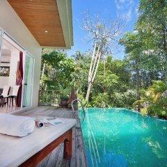 Отель Karon Hill Villa бассейн