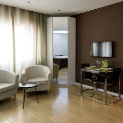 Отель Hola Barcelona Bismark Барселона комната для гостей фото 3