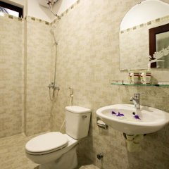 Отель Family Homestay ванная фото 2