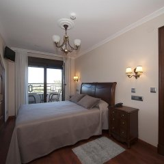 Отель Pensión Residencia A Cruzán - Adults Only 3* Стандартный номер с различными типами кроватей фото 11