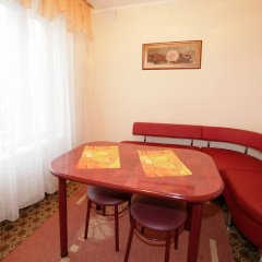 Гостиница Шахтер 3* Улучшенный номер с разными типами кроватей