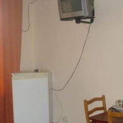 Гостиница База отдыха Искра в Анапе отзывы, цены и фото номеров - забронировать гостиницу База отдыха Искра онлайн Анапа удобства в номере