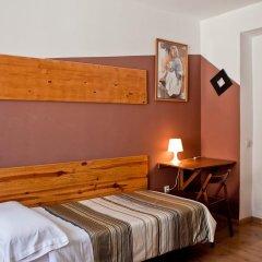 Отель Hostal La Casa de La Plaza Стандартный номер с различными типами кроватей фото 8