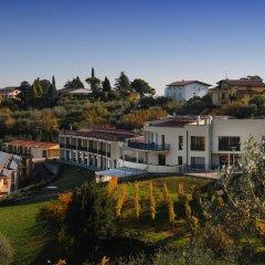 Отель Residenza Le Farfalle Манерба-дель-Гарда приотельная территория фото 2