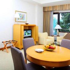 Отель Caravelle Saigon 5* Представительский люкс с различными типами кроватей фото 4