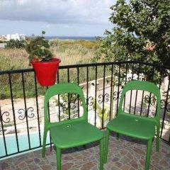 Отель Gold Sand Villa Кипр, Протарас - отзывы, цены и фото номеров - забронировать отель Gold Sand Villa онлайн балкон
