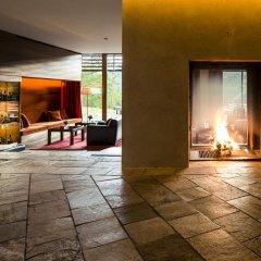 Отель Vigilius Mountain Resort Италия, Лана - отзывы, цены и фото номеров - забронировать отель Vigilius Mountain Resort онлайн интерьер отеля фото 2