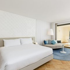 Отель Hilton Malta 5* Номер Делюкс с различными типами кроватей
