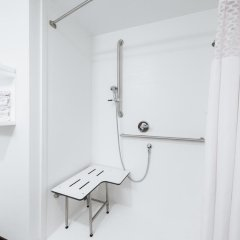 Отель Hampton Inn Meridian 2* Стандартный номер с различными типами кроватей фото 11