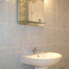 Отель Residence Saint-Jacques Bord de Mer Республика Конго, Пойнт-Нуар - отзывы, цены и фото номеров - забронировать отель Residence Saint-Jacques Bord de Mer онлайн ванная фото 2