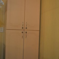 Апартаменты Apartment on Chistopolskaya сейф в номере