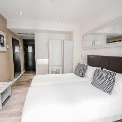 Отель Petit Palace Puerta del Sol 3* Стандартный номер с двуспальной кроватью фото 4