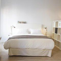Отель Arenal Suites сейф в номере