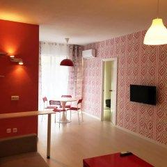 Отель Far Home Gran Vía Люкс повышенной комфортности с различными типами кроватей