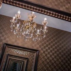 Отель Hôtel Le Petit Belloy Saint-Germain интерьер отеля