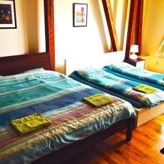 Hostel One Miru Кровать в общем номере с двухъярусной кроватью фото 6