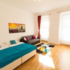Отель CheckVienna - Lassallestrasse Апартаменты с различными типами кроватей фото 13