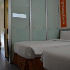 Отель easyHotel Dubai Jebel Ali Стандартный номер с 2 отдельными кроватями фото 9