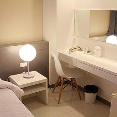 Отель Myhotel Cmyk@Ratchada 3* Полулюкс с различными типами кроватей фото 4