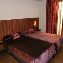 Отель California комната для гостей фото 5