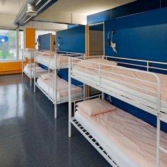 Отель CheapSleep Helsinki Кровать в общем номере с двухъярусной кроватью фото 17