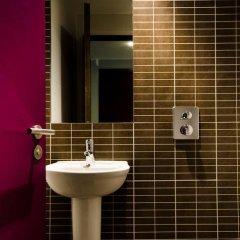 Отель Safestay London Kensington Holland Park Стандартный номер с различными типами кроватей фото 4
