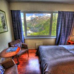 Отель Hotell Utsikten Geiranger - by Classic Norway 2* Стандартный номер с двуспальной кроватью фото 3