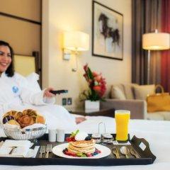 Отель Khalidiya Palace Rayhaan by Rotana, Abu Dhabi 5* Стандартный номер с различными типами кроватей фото 4