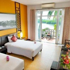 Отель Hoi An Beach Resort 4* Номер Делюкс с различными типами кроватей фото 12