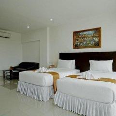 Отель Baan Oui Phuket Guest House комната для гостей фото 5