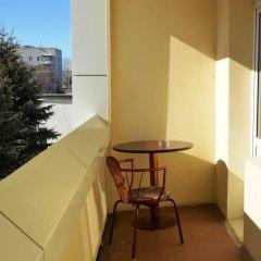 Гостиница Уютная в Тюмени отзывы, цены и фото номеров - забронировать гостиницу Уютная онлайн Тюмень балкон