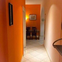 Отель Overseas Guest House Кровать в общем номере с двухъярусной кроватью фото 3