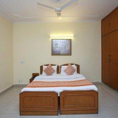 Отель OYO Rooms Govindpuri Metro 2* Стандартный номер с различными типами кроватей фото 3