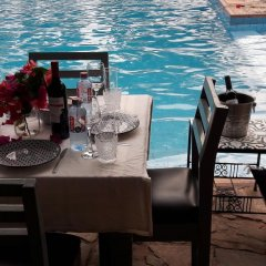 Апартаменты Accra Royal Castle Apartments & Suites Тема бассейн фото 2