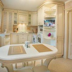 Апартаменты Luxury apartments with jacuzzi удобства в номере фото 2