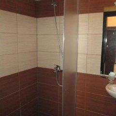 Апартаменты Green Life Ski & Spa Alexander Services Apartments Банско ванная фото 2