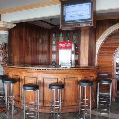 Отель Warahena Beach Hotel Шри-Ланка, Бентота - отзывы, цены и фото номеров - забронировать отель Warahena Beach Hotel онлайн гостиничный бар