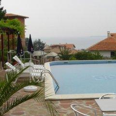 Отель Sunny Beach Holiday Villa Kaliva бассейн