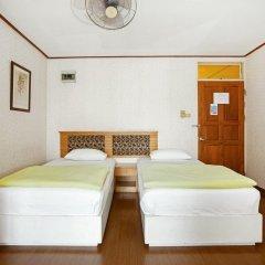 Отель The Aiyapura Bangkok 3* Улучшенный номер с различными типами кроватей фото 16
