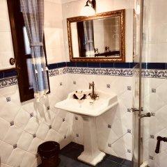 Отель Sharlopova Boutique Guest House - Sauna & Hot Tub 4* Стандартный номер фото 8