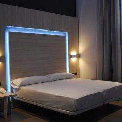 Отель Hostal Plaza Goya Bcn Стандартный номер фото 7